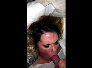 Mature facefuck